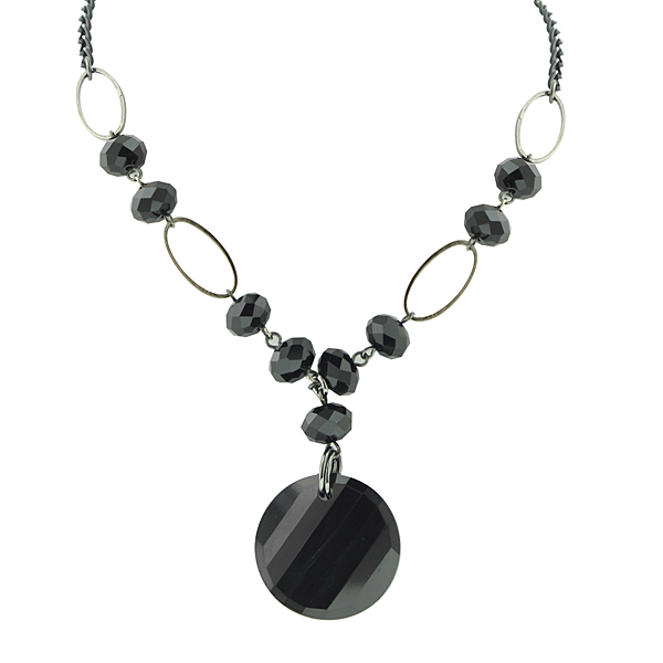 Black Grooves Beaded Pendant Necklace